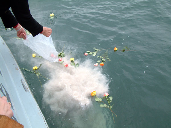 scattering pets ashes in the ocean off the coast of southern Vancouver Island